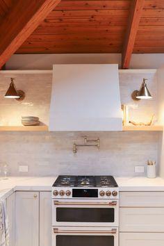 How to Make A Plaster Range Hood — Sachi Lord Kitchen Hoods, Big Kitchen, Kitchen Reno, Kitchen Dining, Kitchen Remodel, Kitchen Ideas, Kitchen Inspiration, Drywall Corners, Wood Putty