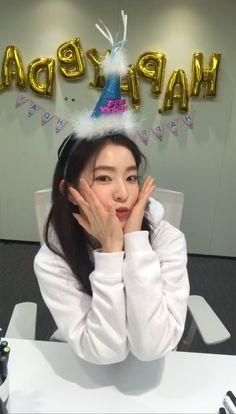 Girls 4, These Girls, Kpop Girls, Red Velvet Joy, Red Velvet Irene, South Korean Girls, Korean Girl Groups, Cute Birthday Pictures, We Heart It