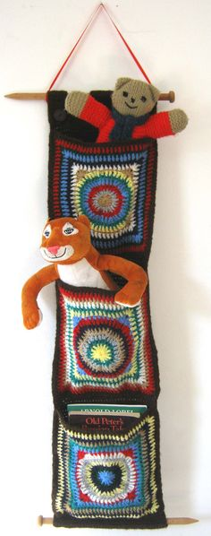 Crochet Pattern for Hanging Wall Pockets for toys by thetreebridge