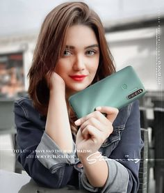 best mobile dp for girls, stylish beautiful face girl dp, iphone girl dp, red lips girl with mobile hd dp Teen Girl Poses, Cute Girl Poses, Girl Photo Poses, Girl Photography Poses, Photo Shoot, Beautiful Girl Makeup, Beautiful Girl Photo, Stylish Girls Photos, Stylish Girl Pic