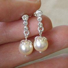 Very Sweet Swarovski Crystal and Pearl Earrings by TZTUDIO on Etsy, $22.00
