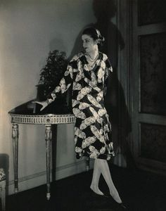 Photograph - Marion Morehouse Wearing A Cheruit Dress by Edward Steichen , Edward Steichen, Vintage Beauty, Vintage Fashion, Fashion 1920s, Fashion Models, High Fashion, Glamour Photography, High Society, Fashion History