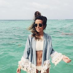 enjoycolorfullife:  collagevintage:  Topknot, Bikini & Kimono  (en Bávaro Beach )  gypsealife