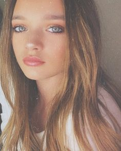 Daisy Tomlinson, Tomlinson Family, Louis Tomlinson Sisters, Beautiful One, Pretty People, Twins, Instagram, Hair Beauty, 1