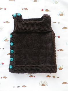 Carefully made by Mrs Robinson: A pebble vest for Baby Leo... and some sweet trousers too