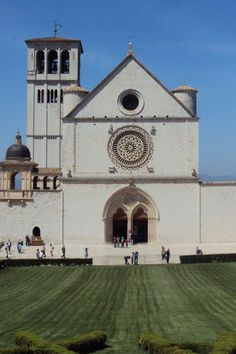 Image galleries and information about my visited World Heritage Sites. - Details for the World Heritage Site 'Assisi, the Basilica of San Francesco and Other Franciscan Sites' in Assisi, Italy St Francis, Medieval Art, World Heritage Sites, Art And Architecture, Italy, San, Building, Giotto, San Francisco