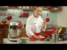 RECEITA - Nougat Glace com a Chef Carole Crema - YouTube Carole Crema, Ice Cream, Youtube, Christmas, Cakes, Tailgate Desserts, Types Of Ice Cream, Cake Dip, Homemade Ice Cream