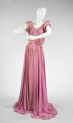 Evening dress (image 1) | Charles James | American | spring/summer 1946 | Brooklyn Museum Costume Collection at The Metropolitan Museum of Art | Accession Number: 2009.300.2751