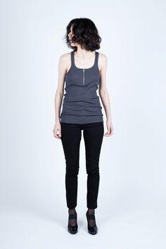 Madeleine - Dark grey