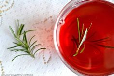 Rosemary is a member of the mint family. This herb has a good source of fiber, iron and contains antioxidants: carnosic acid and carnosol. Rosemary also contains many phytochemicals like rosmarinic… Tea Wine Recipe, Tea Recipes, Wine Recipes, Rosemary Tea, Edible Gifts, Herbal Tea, Healthy Drinks, Tea Time, Herbalism