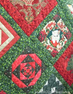 """Jane's Christmas"" by Linda Reid. 2015 Diablo Valley Quilters' Guild show, closeup photo by Quilt Inspiration."