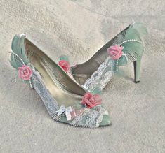 Altered Shoes / Custom wedding shoes / Marie by BlueSilverVintage