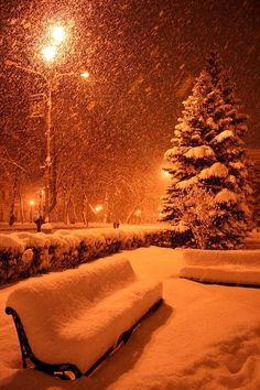 There's something about it snowing under street lights that seem magical.