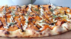 Roasted Pumpkin Pizza with Balsamic Glaze - I am kinda obsessed with pumpkin recipes lately!