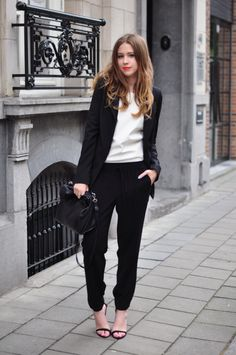 Outfit | Monochrome Sports