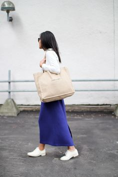 Love how she wears clean, easy pieces...  From Vanillascented Blog