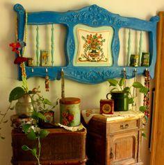 Re-purposed headboard into wall art. Hanging Wall Art, Vintage Home Decor, Decor, Bohemian Decor, Farm Decor, Bohemian House, Painted Furniture, Chic Decor, Home Decor