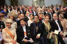 4/30/13.   Los invitados reales testigos de la Coronación de los Reyes de Holanda