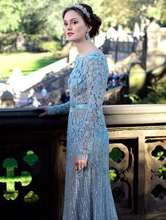 In Season 6 Blair Waldorf (Leighton Meester) sparkled in Elie Saab.