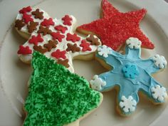 Ella's White Sugar Cookies Ingredients: 1 cup butter 1 cup powdered sugar 1 egg, beaten 1 ½ t. almond extract 1 t. vanilla 1 t. salt 2 ½ c. Best Sugar Cookie Recipe, Best Sugar Cookies, Christmas Sugar Cookies, Holiday Cookies, Holiday Treats, Christmas Treats, Holiday Recipes, Cookie Recipes, Halloween Cookies