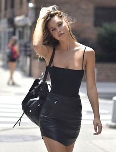 Alexis Ren - 2016/07 Out and About in New York 07/15/2016