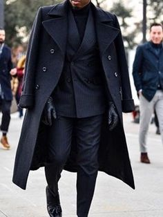 Suit Overcoat, Long Overcoat, Mode Masculine, Long Coat Outfit, Film Trailer, Leather Trench Coat, Mens Leather Coats, Men's Leather, Leather Jackets