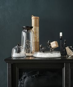 Are you searching for holiday interior design ideas? Create a DIY snow globe! Just use a vase or a bowl in glass and pimp it with some deco. IKEA has a wide range of glass vases, such as VINTER 2017 vase/tealight holder in clear glass. Diy Snow Globe, Snow Globes, Fairy Lights, Tea Lights, Mini Aquarium, Vases, Light Chain, Point Light, Winter Light