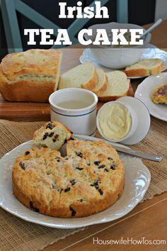 Irish Tea Cake - A dessert-style variation on Irish Soda Bread with Raisins. This is so easy to make and so delicious! Scottish Recipes, Irish Recipes, Tea Recipes, Baking Recipes, Cake Recipes, Dessert Recipes, Irish Tea Cake Recipe, Irish Soda Bread Recipe, Irish Cake