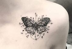 If you're looking for 3d, tiny, large, geometric, dreamy, delicate tattoo ideas in black ink or color, let these butterfly designs inspire your next piece of body art. Butterfly Tattoo Meaning, Butterfly Tattoo On Shoulder, Butterfly Tattoos For Women, Small Butterfly Tattoo, Butterfly Tattoo Designs, Tattoo Designs Men, Leg Tattoos, Body Art Tattoos, Small Tattoos