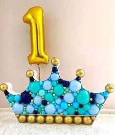 Birthday Balloon Decorations, Valentine Decorations, Birthday Balloons, Birthday Party Decorations, Balloon Crown, Happy Balloons, Mexican Birthday Parties, Outdoor Birthday, Balloon Arrangements
