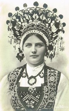 Lot of 2 Vintage 1900s Norwegian Postcards Traditional Folkloric Bride with Headdress Bunad Crown from Hardanger, Norway 1908