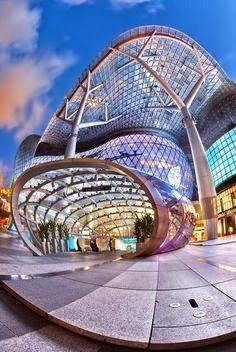 Amazing Snaps: Ion Mall Singapore