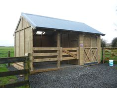 Settler design stable with tackshed from Outpost Buildings Size: 5.8m x 3.5m x 3.5m high Strong, relocatable design.