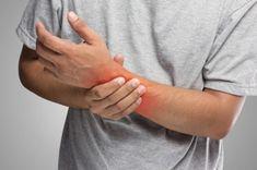 A kéz-, vagy lábzsibbadás 5 súlyos betegségre utalhat! Holding Hands, Rings For Men, Doctors, Men Rings, The Doctor