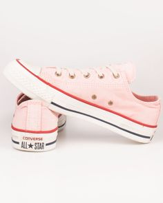 Love converse...these are great for spring/summer