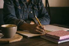 Writing can be deeply therapeutic. This week, Allicia Washington-White reveals how writing helps her to cope with stress and manage emotions. Career advice for women, Best careers for women, Career tips for women Start Writing, Writing Tips, Science Writing, Data Science, Writing Courses, Writing Challenge, Resume Writing, Writing Practice, Writing Skills