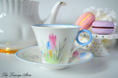 Shelley Art Deco Teacup And Saucer Set With Blue Trim And