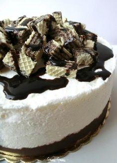 Torta semifreddo con wafer e cioccolato | Ricetta