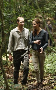 Kate wore khaki pants, a deep green shirt and hiking boots for visit to the Borneo rain forest.