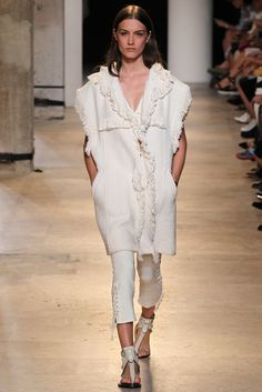 Isabel Marant Spring 2015 Ready-to-Wear Fashion Show - Ronja Furrer (IMG)