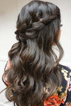 36 Stunning Half Up Half Down Wedding Hairstyles ❤ See more: http://www.weddingforward.com/half-up-half-down-wedding-hairstyles-ideas/ #weddings #hairstyles
