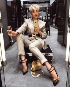 MICAH GIANNELI ✨ I don't pop molly I rock Tom Ford ✨ @tomford suit, purse & heels via @harroldsaus
