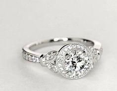 Monique Lhuillier Vintage Floral Halo Diamond Engagement Ring in Platinum (1/4 ct. tw.) 1.3-1.9 ct on halo