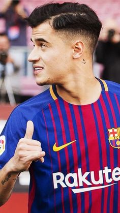 Best Football Players, World Football, Soccer Players, Soccer Guys, Football Soccer, Barcelona Football, Fc Barcelona, Coutinho Wallpaper, Philippe Coutinho