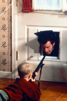 Home Alone is a great Christmas movie :)