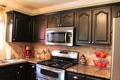 19 Ideas diy kitchen redo oak cabinets for 2019 Oak Kitchen Cabinets, Kitchen Cabinet Design, Kitchen Redo, New Kitchen, Kitchen Remodel, Cupboards, Bathroom Cabinets, Rustic Cabinet Doors, Diy Kitchen Projects