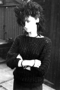 punk Goths Of The Part 2 - make that hair blonde, shave it on the sides and thats me, circa 1983 baby. First gal at old LPHA with a Mohawk, proud to say. Grunge Goth, 80s Goth, Grunge Hair, Dark Fashion, 80s Fashion, Gothic Fashion, Steampunk Fashion, Trendy Fashion, Fashion Victim