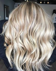 Bright Blonde Hair, Blonde Hair Shades, Blonde Hair Looks, Honey Blonde Hair, Platinum Blonde Hair, Blonde Color, Blonde Hair Color Natural, Balayage Blond, Hair Color Balayage