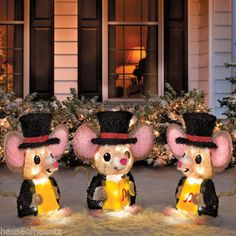 Caroling Choir Mouse Pre Lit LED Outdoor Christmas Decor Yard Art Sing Chrissy