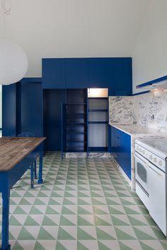 SAMF Arquitectos: Casa Do Caseiro — Thisispaper — What we save, saves us. Design Café, Tile Design, House Design, Mario Ferreira, Kitchen Interior, Kitchen Design, Sweet Home, Encaustic Tile, Interior Decorating